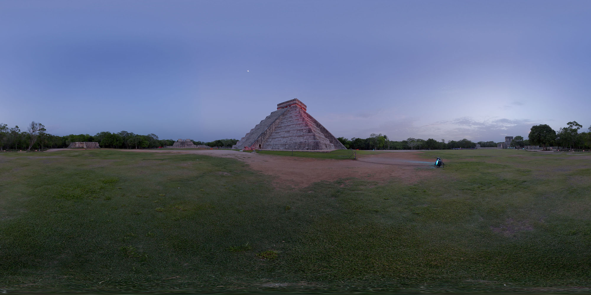 chichen itza evening 01