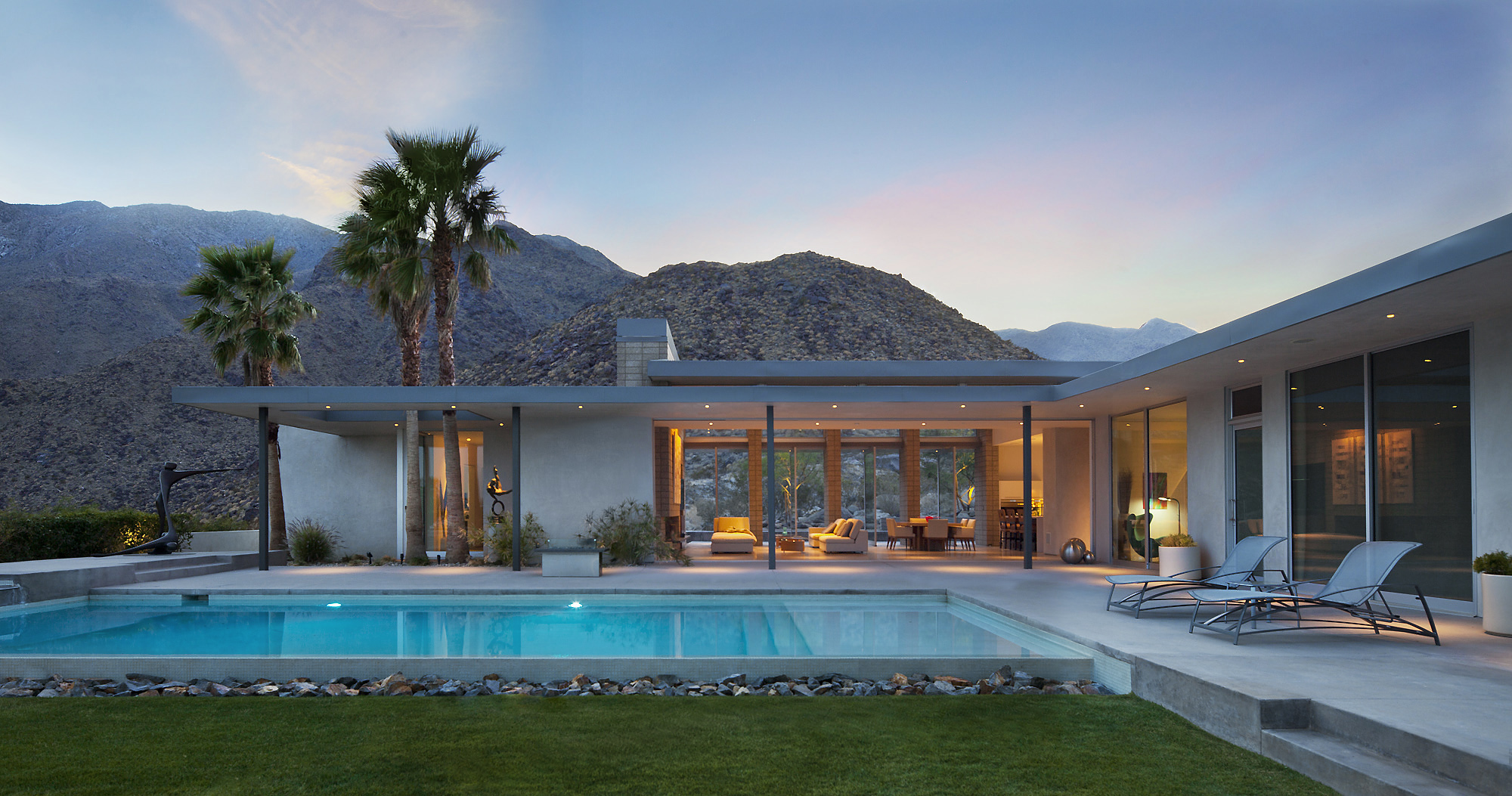 Exterior sunset, Palm Springs. Janie Fitzgerald, Los Angeles architectural photographer.